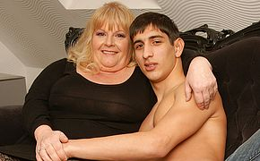 Insane granny gets plumbed by her toyboy