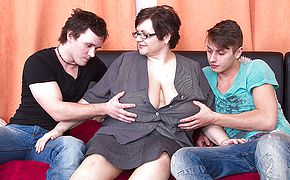 Massive titted Plumper porking 2 plaything dudes at once