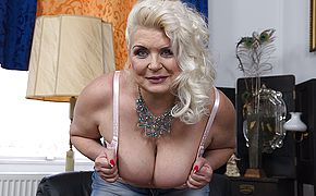 Round mature fuckslut displaying off her rock hard jugs