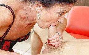 This ass fucking lovin  mature super bitch gets a super hot surprise