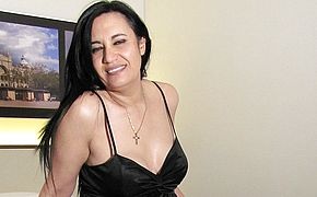 Ultra kinky mature tart frolicking with herself