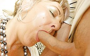 Creampie housewife gets it rectally