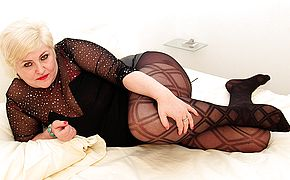 German housewife toying with her slit